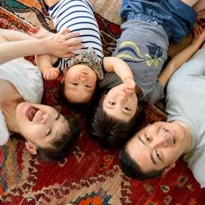 お誕生日・家族写真の出張撮影@1歳のお誕生日記念/ご自宅での家族写真