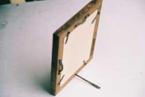 縦、横立てても、壁掛けにもできます。 Can be stand, landscape and hang on the wall